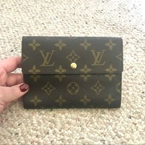 💄 Louis Vuitton wallet